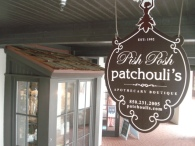 entrance_sign_sm_patchoulis